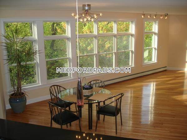 SPACIOUS HOUSE 4 Bed 4 Bath MEDFORD - Tufts $5,800 - Medford - Tufts $5,800